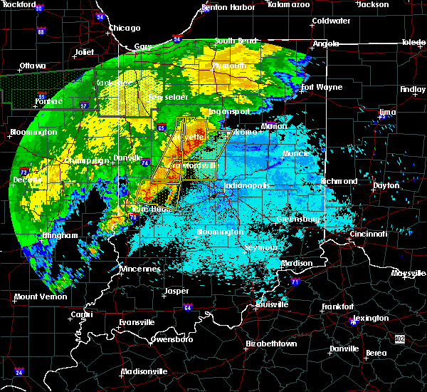 Radar Image for Severe Thunderstorms near Indianapolis, IN at 6/21/2015 1:47 AM EDT
