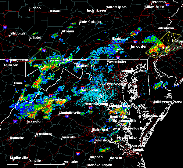 Radar Image for Severe Thunderstorms near Grottoes, VA at 7/31/2019 3:25 PM EDT