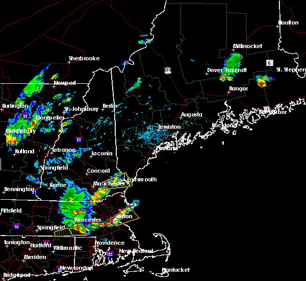 Radar Image for Severe Thunderstorms near South Eliot, ME at 7/31/2019 3:27 PM EDT