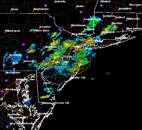 Radar Image for Severe Thunderstorms near Silver Ridge, NJ at 7/31/2019 3:58 PM EDT