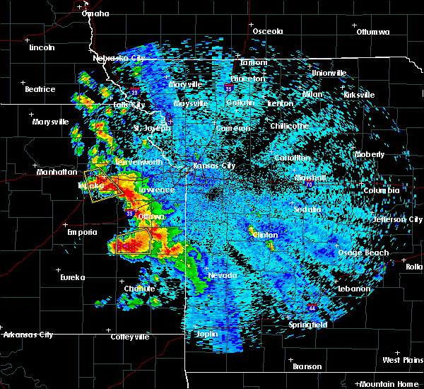 Radar Image for Severe Thunderstorms near Iola, KS at 7/31/2019 11:02 PM CDT