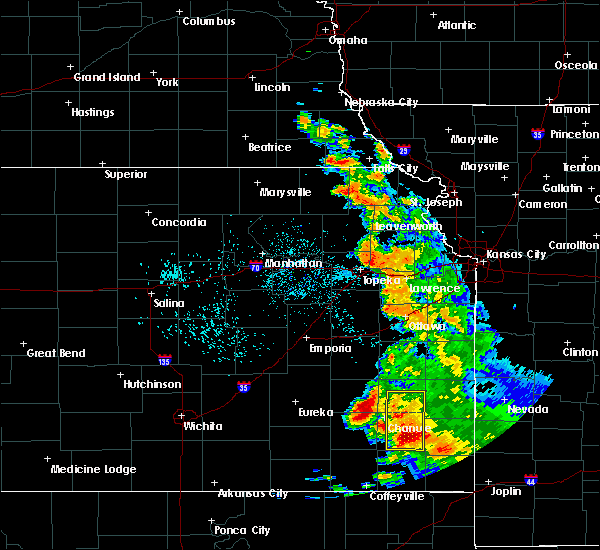 Radar Image for Severe Thunderstorms near Fredonia, KS at 8/1/2019 1:35 AM CDT