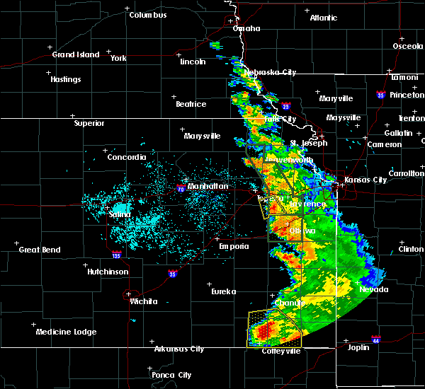 Radar Image for Severe Thunderstorms near Overbrook, KS at 8/1/2019 2:41 AM CDT