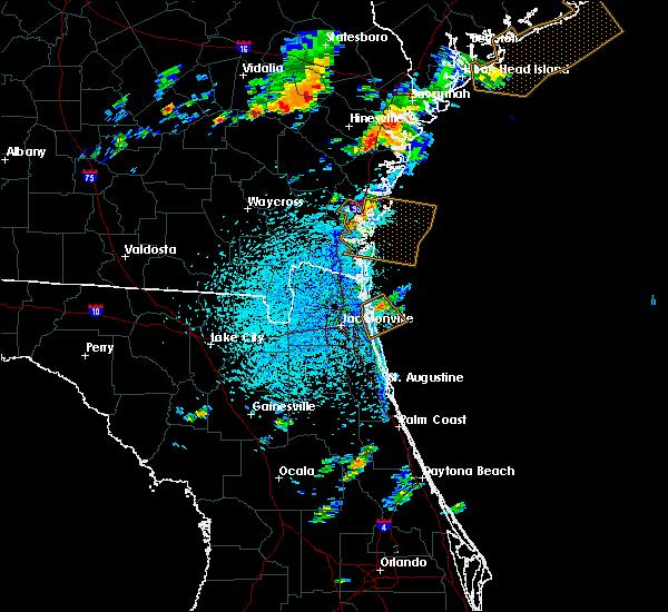 Radar Image for Severe Thunderstorms near St. Simons, GA at 8/4/2019 3:52 PM EDT