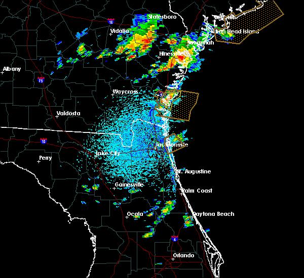 Radar Image for Severe Thunderstorms near St. Simons, GA at 8/4/2019 4:04 PM EDT