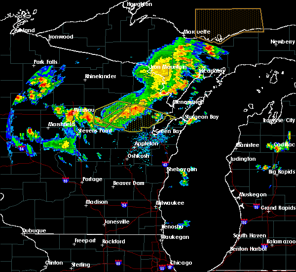 Radar Image for Severe Thunderstorms near Abrams, WI at 8/5/2019 3:12 PM CDT