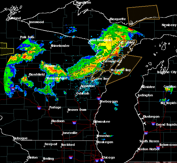 Radar Image for Severe Thunderstorms near Abrams, WI at 8/5/2019 3:41 PM CDT