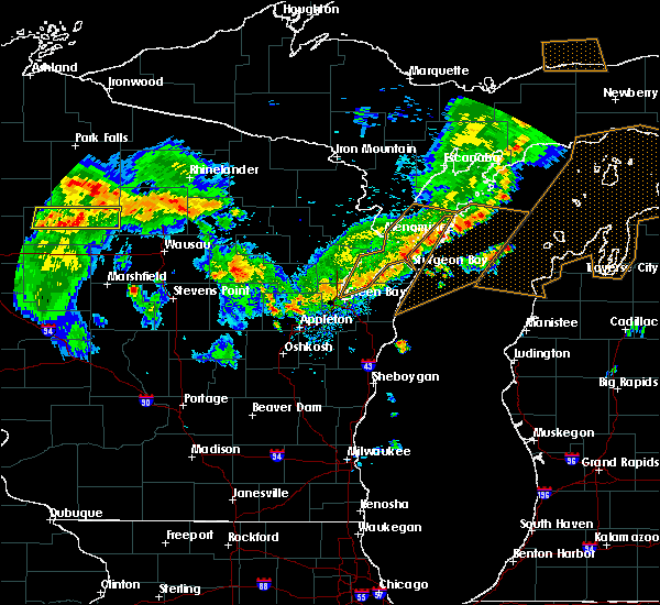 Radar Image for Severe Thunderstorms near Merrill, WI at 8/5/2019 4:24 PM CDT