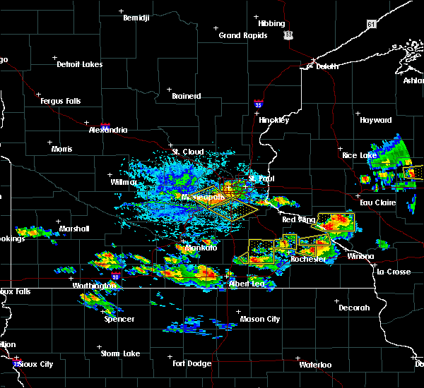 Radar Image for Severe Thunderstorms near Rochester, MN at 8/5/2019 4:49 PM CDT