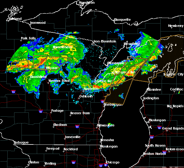 Radar Image for Severe Thunderstorms near Summit Lake, WI at 8/5/2019 5:00 PM CDT