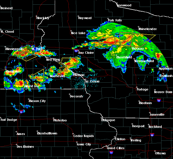 Radar Image for Severe Thunderstorms near Minnesota City, MN at 8/5/2019 5:02 PM CDT
