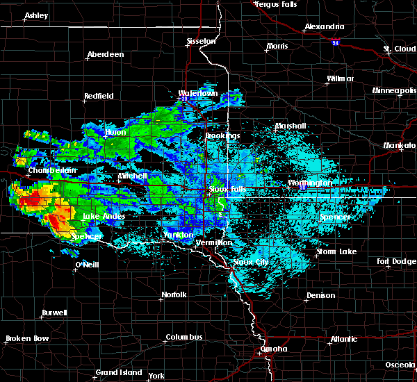 Radar Image for Severe Thunderstorms near St. Charles, SD at 8/6/2019 10:19 PM CDT