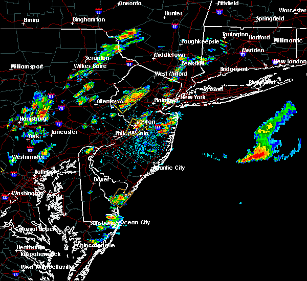 Radar Image for Severe Thunderstorms near Roebling, NJ at 8/7/2019 1:44 PM EDT
