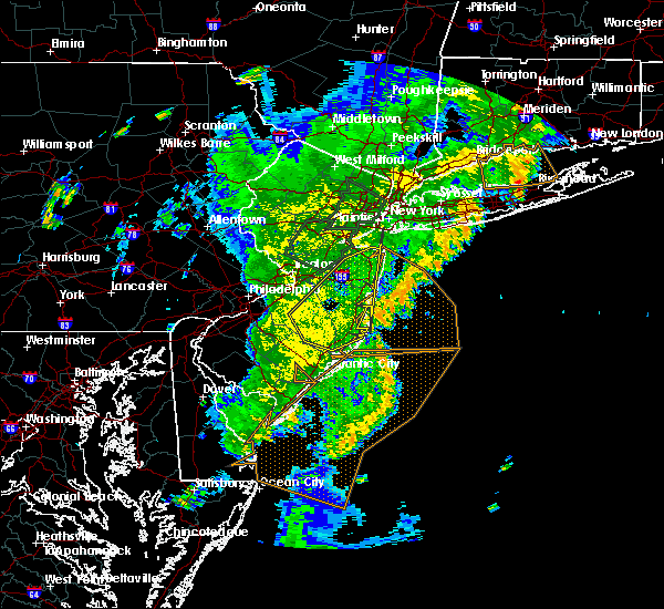 Radar Image for Severe Thunderstorms near Silver Ridge, NJ at 8/7/2019 8:24 PM EDT