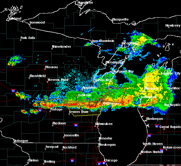 Radar Image for Severe Thunderstorms near Cleveland, WI at 8/7/2019 8:54 PM CDT