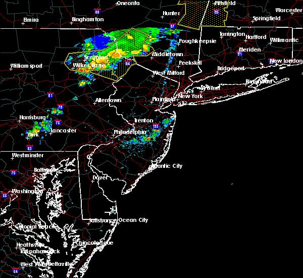 Radar Image for Severe Thunderstorms near Silver Ridge, NJ at 8/8/2019 5:49 PM EDT