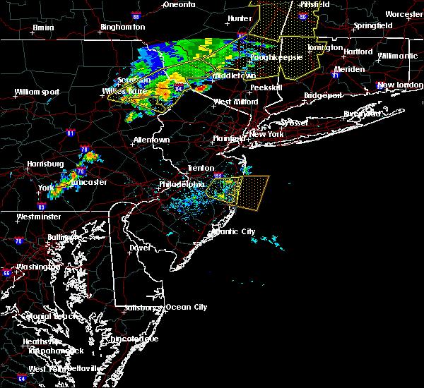 Radar Image for Severe Thunderstorms near Silver Ridge, NJ at 8/8/2019 6:03 PM EDT