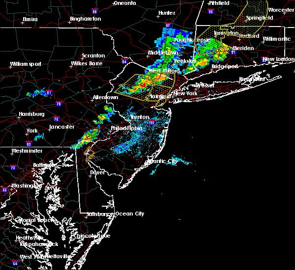 Radar Image for Severe Thunderstorms near Roselle Park, NJ at 8/8/2019 7:23 PM EDT