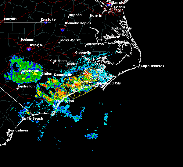 Radar Image for Severe Thunderstorms near Jacksonville, NC at 8/10/2019 3:42 PM EDT
