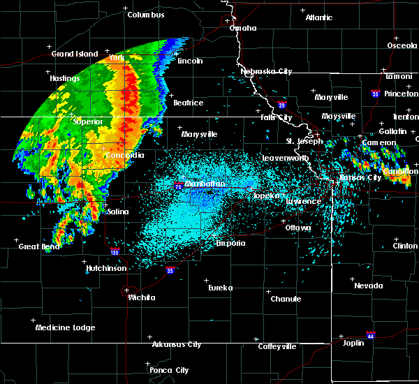 Radar Image for Severe Thunderstorms near Washington, KS at 8/12/2019 1:56 AM CDT