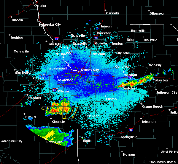 Radar Image for Severe Thunderstorms near Gas, KS at 8/12/2019 11:31 PM CDT