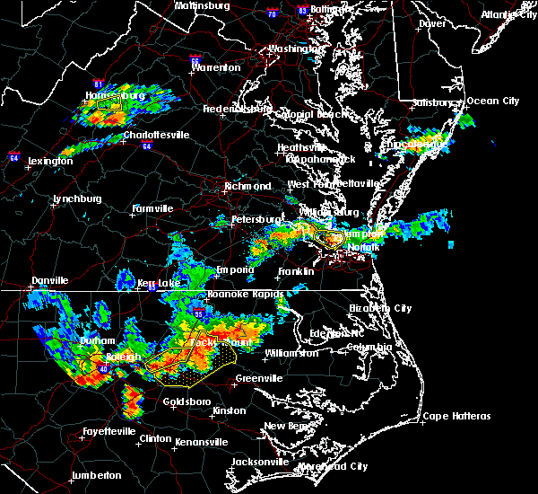 Radar Image for Severe Thunderstorms near Newport News, VA at 8/13/2019 6:20 PM EDT