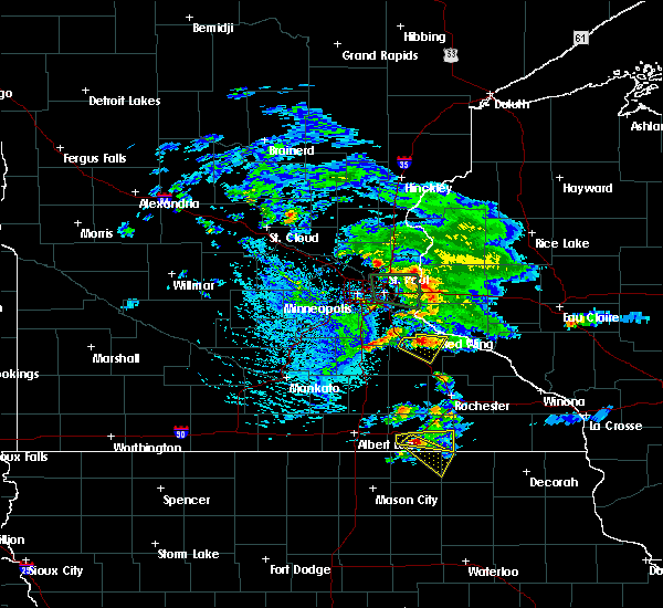 Radar Image for Severe Thunderstorms near Goodhue, MN at 8/13/2019 5:47 PM CDT