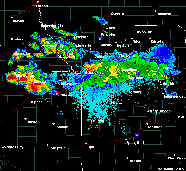 Radar Image for Severe Thunderstorms near Rushville, MO at 8/15/2019 10:11 PM CDT