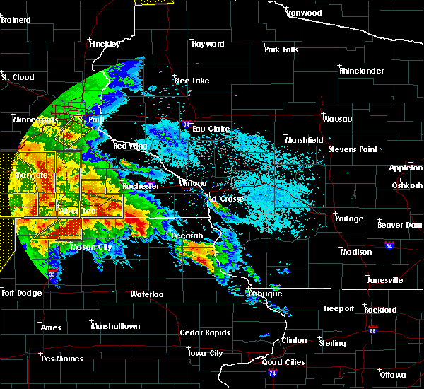 Radar Image for Severe Thunderstorms near Little Cedar, IA at 6/22/2015 6:36 AM CDT