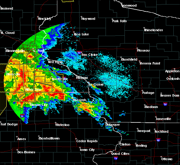 Radar Image for Severe Thunderstorms near Fountain, MN at 6/22/2015 6:45 AM CDT