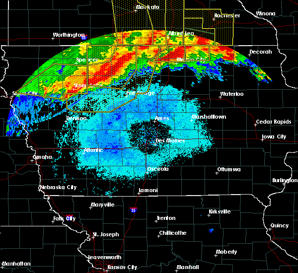 Radar Image for Severe Thunderstorms near Woden, IA at 6/22/2015 6:46 AM CDT