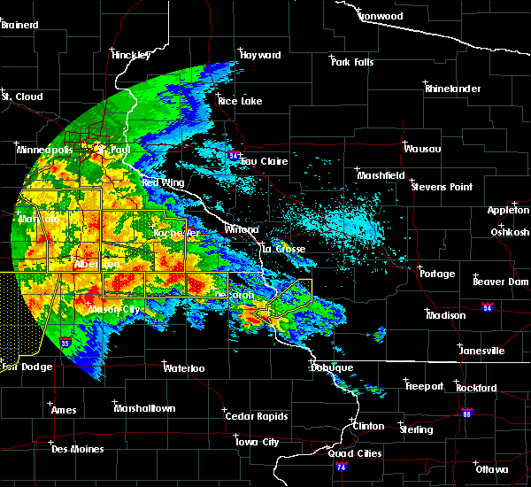 Radar Image for Severe Thunderstorms near Marquette, IA at 6/22/2015 6:57 AM CDT