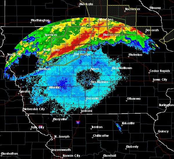 Radar Image for Severe Thunderstorms near Humboldt, IA at 6/22/2015 6:58 AM CDT