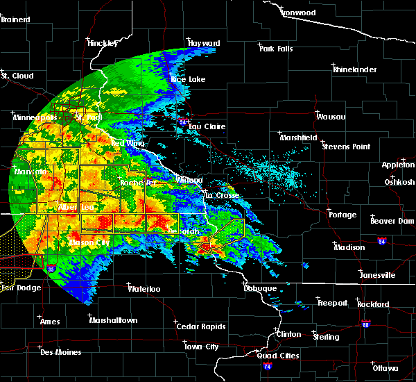Radar Image for Severe Thunderstorms near Fountain, MN at 6/22/2015 7:08 AM CDT