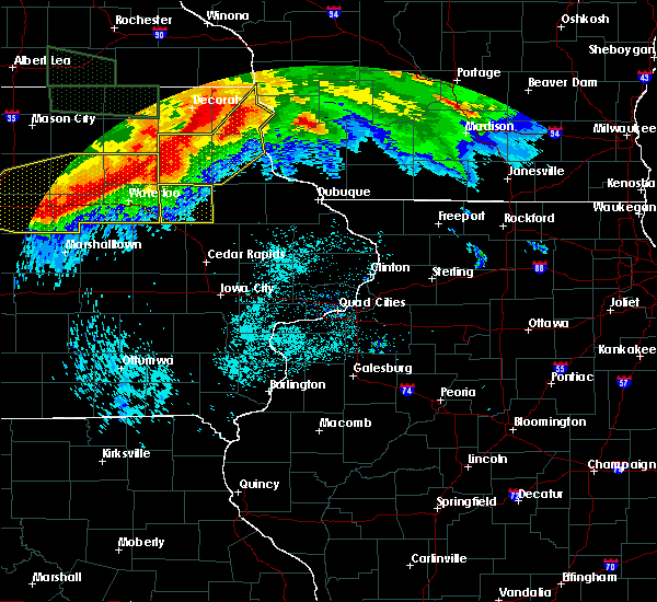 Radar Image for Severe Thunderstorms near Rowley, IA at 6/22/2015 8:12 AM CDT