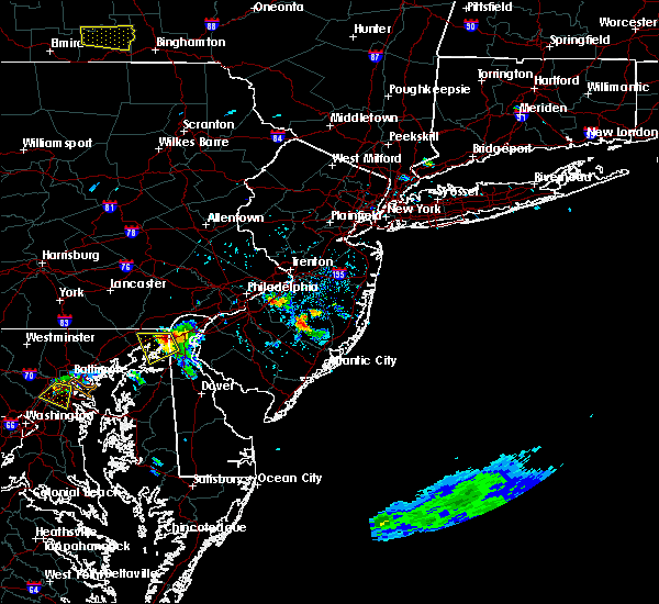 Radar Image for Severe Thunderstorms near Browns Mills, NJ at 8/18/2019 3:24 PM EDT