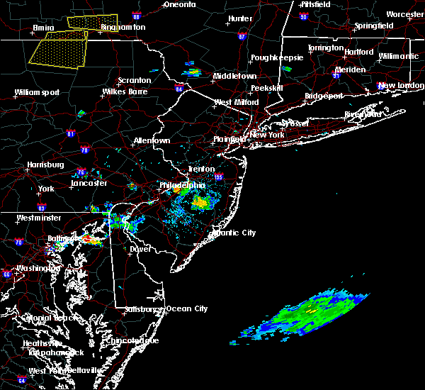 Radar Image for Severe Thunderstorms near Wrightstown, NJ at 8/18/2019 3:59 PM EDT