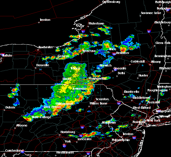 Radar Image for Severe Thunderstorms near Oakland, PA at 8/18/2019 4:37 PM EDT