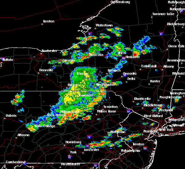 Radar Image for Severe Thunderstorms near Oakland, PA at 8/18/2019 4:47 PM EDT