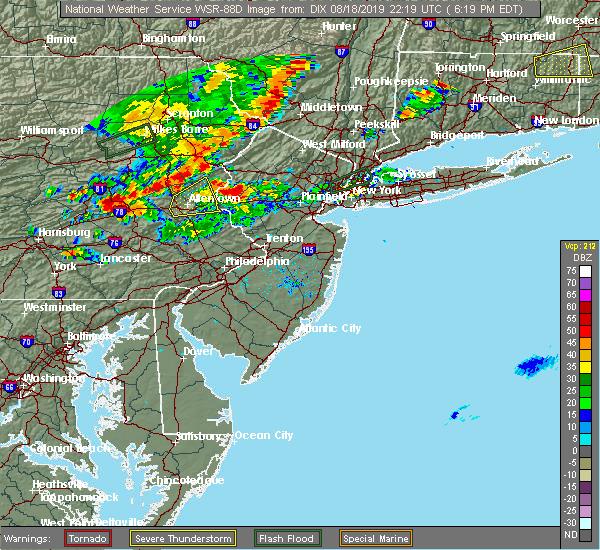 Radar Image for Severe Thunderstorms near Upper Stewartsville, NJ at 8/18/2019 6:23 PM EDT