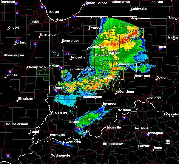 Radar Image for Severe Thunderstorms near Greenfield, IN at 8/18/2019 8:33 PM EDT
