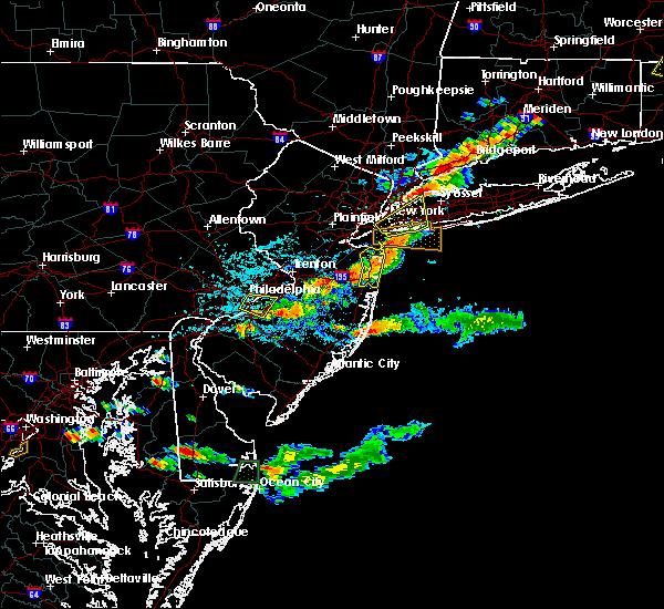 Radar Image for Severe Thunderstorms near Pemberton, NJ at 8/19/2019 4:40 PM EDT