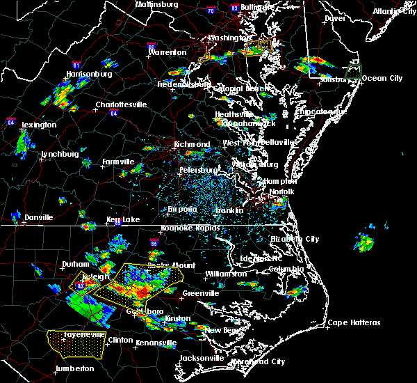 Radar Image for Severe Thunderstorms near Virginia Beach, VA at 8/19/2019 4:47 PM EDT