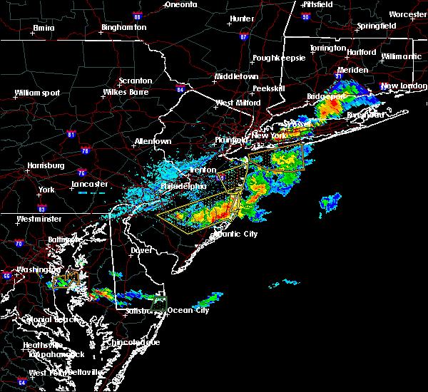 Radar Image for Severe Thunderstorms near Silver Ridge, NJ at 8/19/2019 5:35 PM EDT
