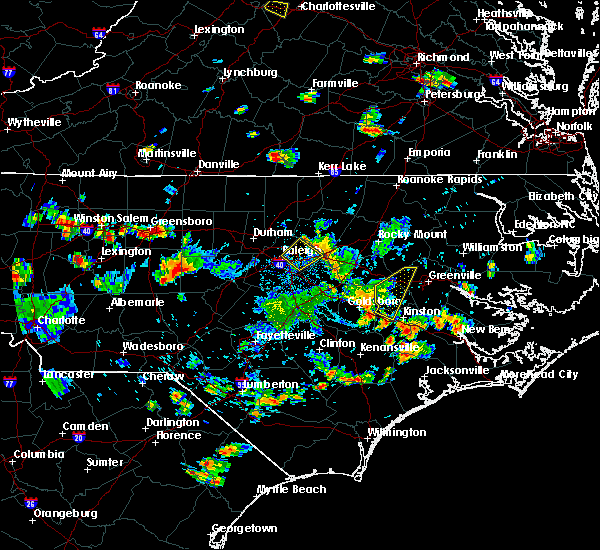 Radar Image for Severe Thunderstorms near Walstonburg, NC at 8/19/2019 5:41 PM EDT