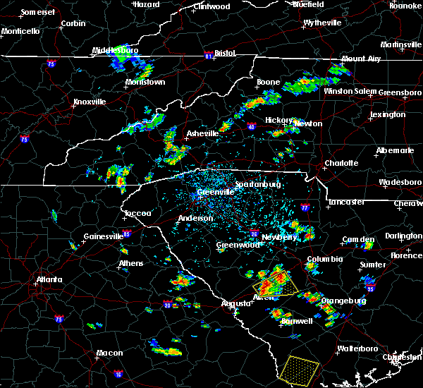 Radar Image for Severe Thunderstorms near Asheville, NC at 6/22/2015 4:02 PM EDT