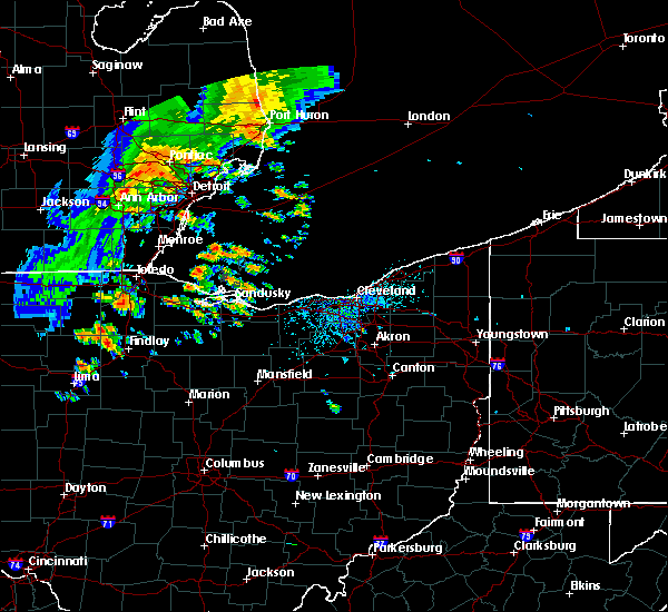 Radar Image for Severe Thunderstorms near Findlay, OH at 6/22/2015 4:24 PM EDT