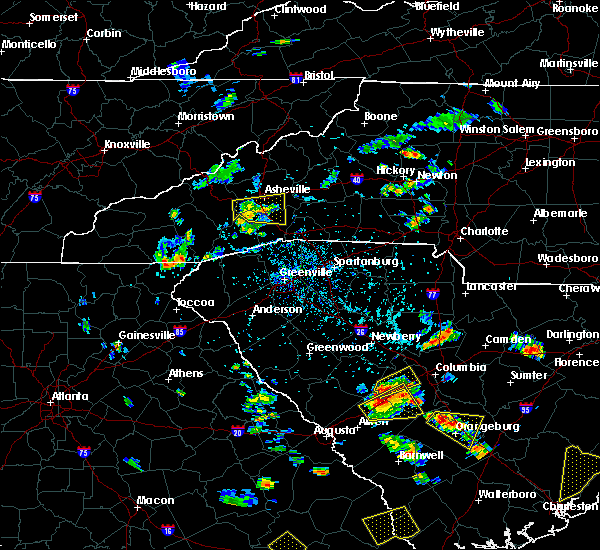 Radar Image for Severe Thunderstorms near Asheville, NC at 6/22/2015 4:33 PM EDT