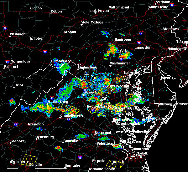 Radar Image for Severe Thunderstorms near Tappahannock, VA at 8/20/2019 6:10 PM EDT