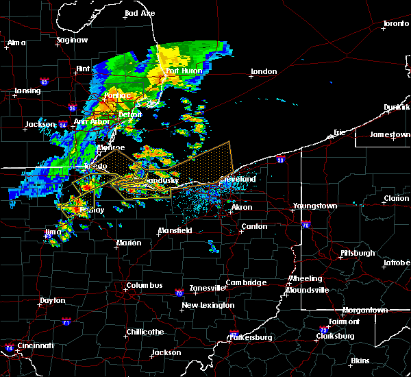 Radar Image for Severe Thunderstorms near Port Clinton, OH at 6/22/2015 4:36 PM EDT
